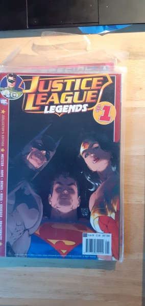 Justice League Legends number 1 collector's edition